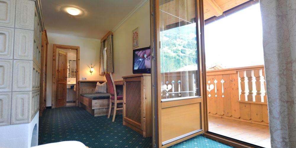 Romantic suite with balcony