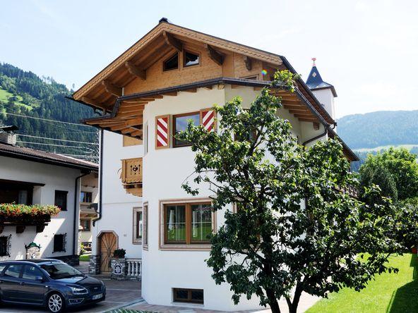 Landhaus Platzer - 3 Gehminuten zur Zillertal Arena